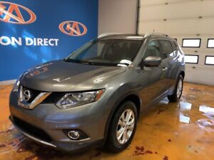 2016 Nissan Rogue SV AWD/ VISTA ROOF/ NAVI/ HEATED SEATS/ REV...