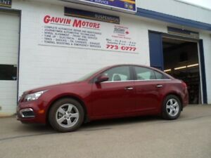 2016 Chevrolet Cruze 2LT Sunroof, Leather, Heated Seats