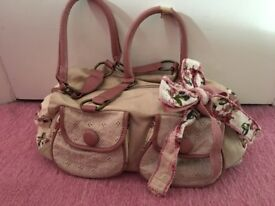 Handbag and matching purse