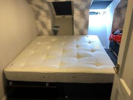200 x 200 emperor bed