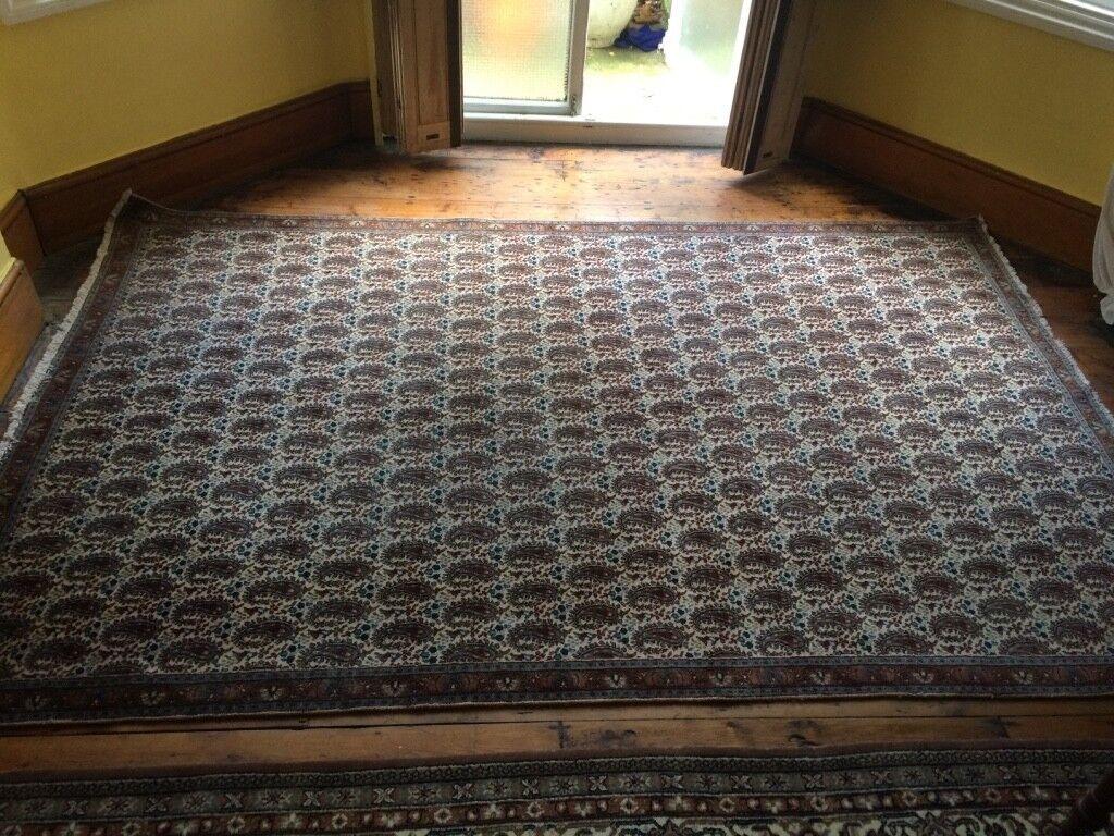Beautiful large hand made wool persian rug carpet 280 x 180cm