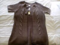 NEW WITH TAGS LADIES SIZE 12 14 KNITTED CARDIGAN LEICESTER