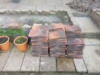 APPROX 30 RECLAIMED HANDMADE WEATHERED TUCKER LOUGHBOROUGH PLAIN ROOF TILES