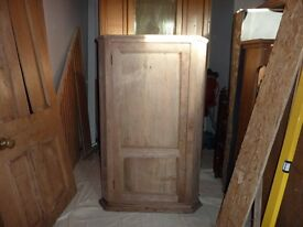 Antique/Vintage Stripped Pine Corner Cupboard