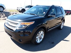 2014 Ford Explorer XLT, Moonroof, NAV, Reverse Camera