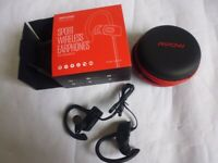 Wireless Bluetooth Earphones. New and Boxed £10 each