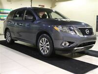 2014 Nissan Pathfinder AWD 7 PASSAGERS