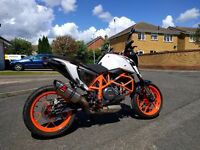 KTM Duke 690R 2015, Beautiful Condition, 1 owner from new, Full service history.
