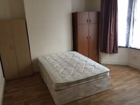 LARGE Spacious Double Room, Stratford E15 ALL BILLS INCLUDED