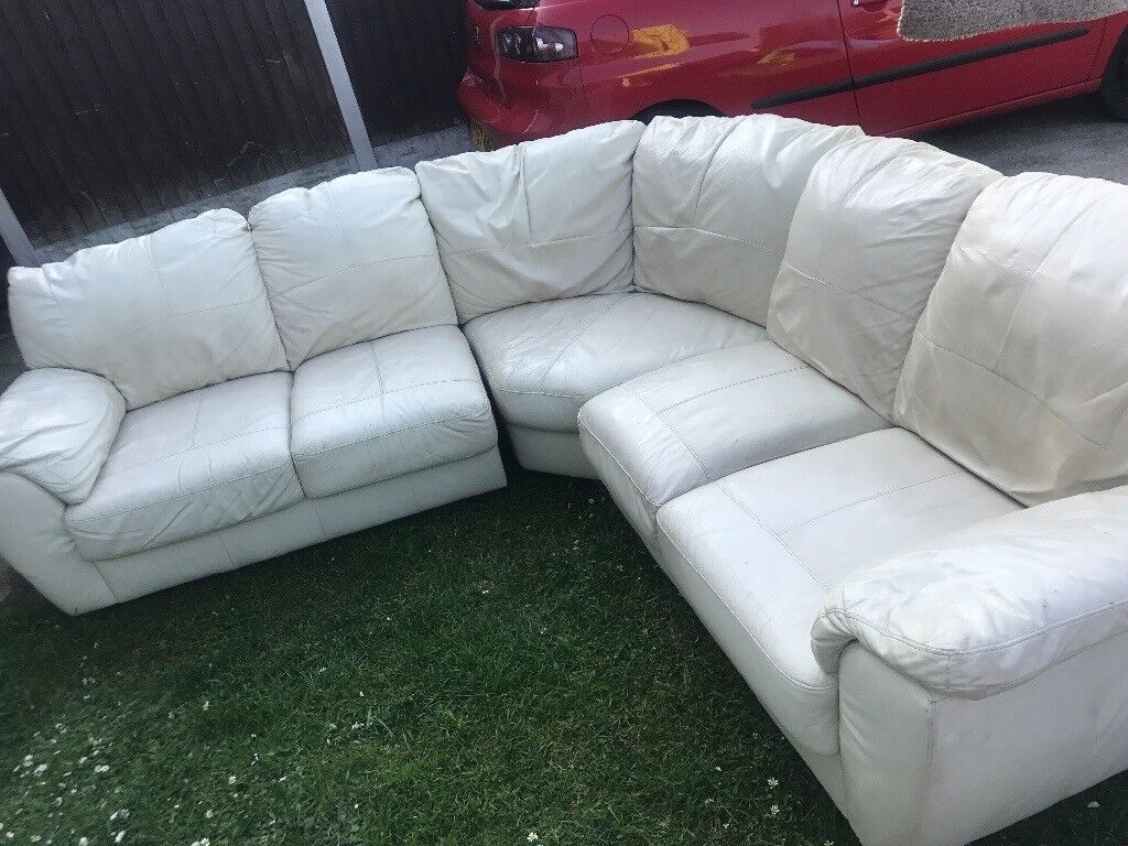 Cream Leather Corner Sofa In Rawmarsh South Yorkshire