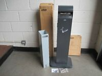 BRAND NEW BOXED PROBBAX OUTDOOR FREE STANDING ASHTRAY WITH BIN, KEY AND INSTRUCTIONS FREE DELIVERY