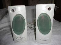 Hi Fi Speakers 18cm High x 7cm Width x 10.5cm depth Jack plug for Head phones