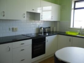 Lovely, furnished, two bed upper flat in Kirkcaldy