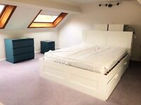 Beautiful, large double bedroom available in a house share. Superb spot for Macclesfield Hospital!