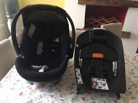 Mamas and Papas car seat and isofix. Great condition. Manchester area. Pick up only.