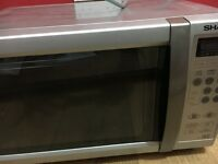 EXCELLENT CONDITION MICROWAVE