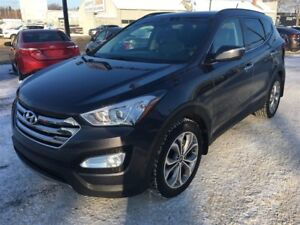 2015 Hyundai Santa Fe Sport Limited.. AWD, Leather, sunroof!