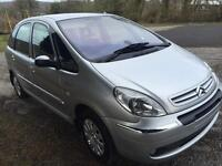 Citroen Picasso exclusive hdi diesel service mot ideal family car/van low tax band
