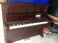 Piano London made