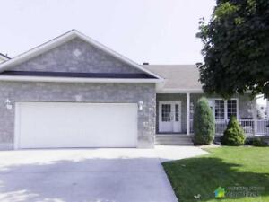 $362,000 - Bungalow for sale in Embrun