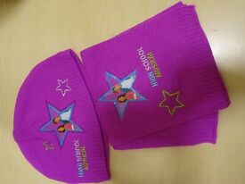 KIDS HAT AND SCARF SET - PINK - DISNEYS HIGH SCHOOL MUSICAL – NEW