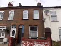 2 Bed House in Bury Park, Close to Town Centre, Shops and Denbigh High School