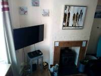 Short term lets, need a large room in strood kent quick ? Check this out . Rochester, Chatham ,kent