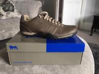 Men's Lonsdale shoes size 11, brand new.