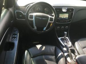 2012 Chrysler 200 Loaded; Leather, Roof, Navi, Back-Up Camera an London Ontario image 17