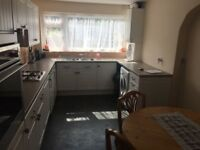 3 bed house availalble to let on morley road