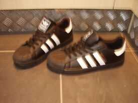 Adidas Trainers 3-Stripe Superstar Size 7 1/2