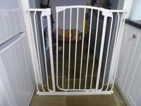 Dreambaby Hallway gate extra tall extra wide + extension