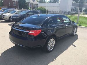 2012 Chrysler 200 Loaded; Leather, Roof, Navi, Back-Up Camera an London Ontario image 5