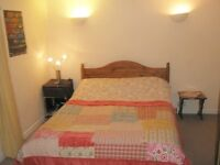 LOVELY TWO BEDROOM FLAT TO RENT IN PALACE STREET
