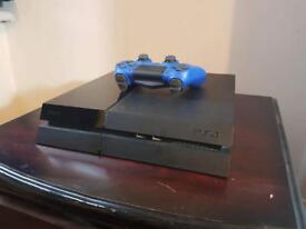 PlayStation 4 (500 GB)
