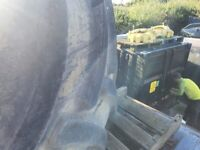 800/55R46 Goodyear tyres and inner rim from John Deere 8360 approx 50%