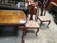Dining table Chippendale