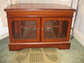 TV CORNER UNIT - MAHOGANY