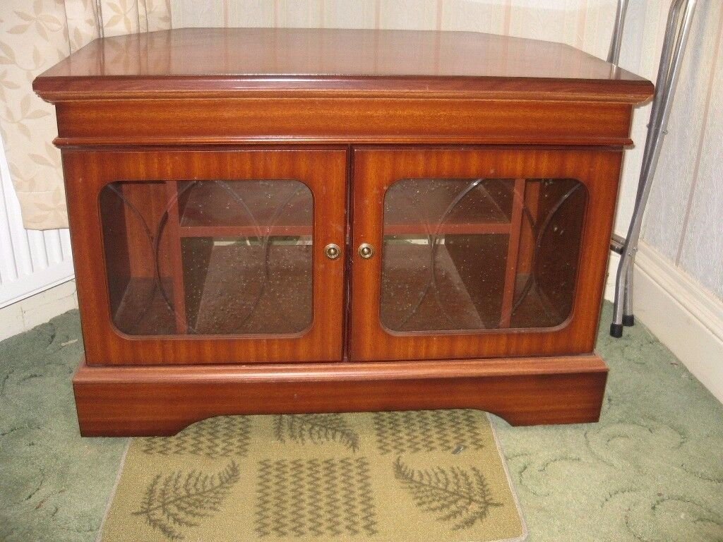 Tv Corner Unit Mahogany