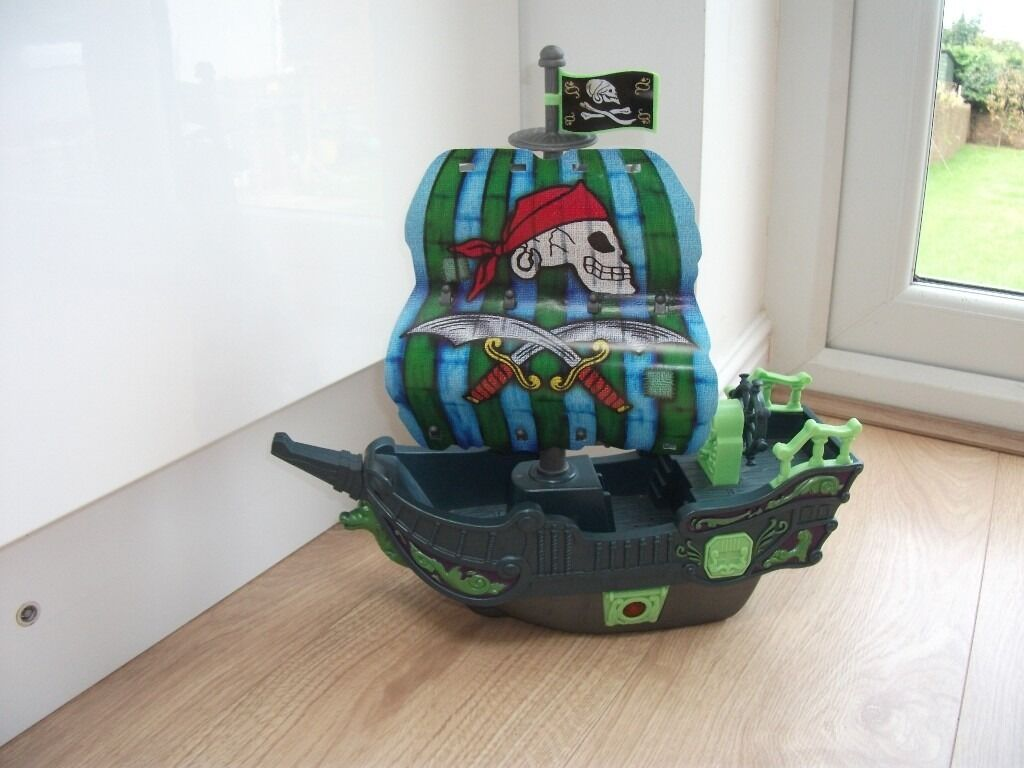 ELC MUSICAL PIRATE SHIP * CHRISTMAS PRESENT *