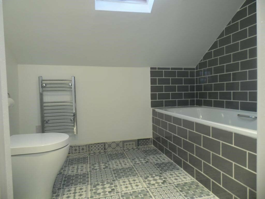 Brand New fully Refurbished Two Bedroom First Floor flat in Walthamstow