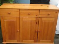 SOLID PINE SIDEBOARD.