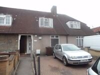 2 Bedroom House to Rent In Dagenham Heathway