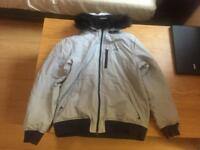 LARGE NIKE COAT LIKE NEW