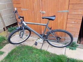 Gents British Eagle Cycle with stand and mudguard