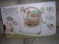 comfort and Harmony bright stars baby rocker musical swing 0 - 6 months
