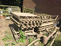 Free Wooden pallets various sizes.