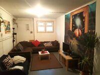 Room for rent in Hackney warehouse - short term let