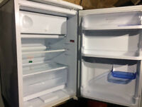 FREE DELIVERY HOTPOINT FROST FREE UNDER COUNTER FRIDGE WITH FREEZER COMPARTMENT