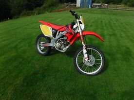2007 CRF 250X road registered and MOT Until 09/11/17